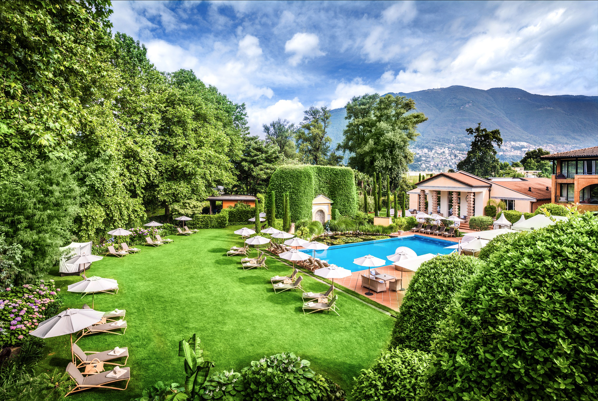 Hotel giardino lago das personal retreat for Design hotel tessin